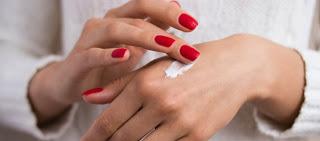 Γιατί «σκάει» το δέρμα μου; Πληγές στα χέρια και στα δάκτυλα - Τα γιατροσόφια