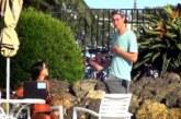 Φοβερή πλάκα!! – Πως αντιδρούν οι γυναίκες όταν βλέπουν έναν άντρα με το «μόριό» του «σηκωμένο»; (Βίντεο)